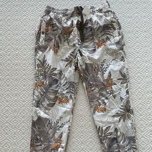 GUESS Tropical camo pants